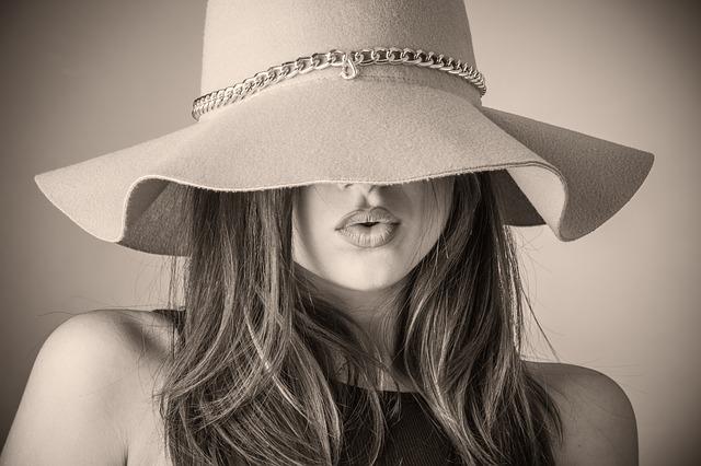 """Coco Chanel: 5 bezvremenskih savjeta za savršen stil – """"Jednostavnost je ključ prave elegancije!"""""""
