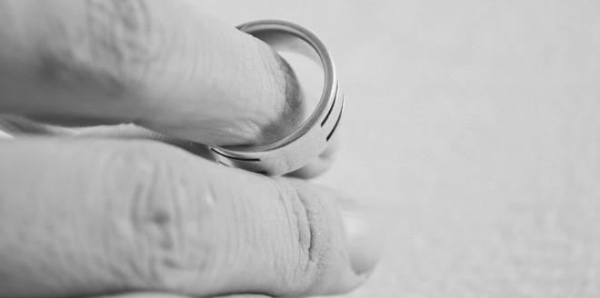 Ovo me je dovelo da sam potpuno uništila svoj brak, a suprug me na kraju napustio