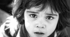 Te male oči misle da si savršena