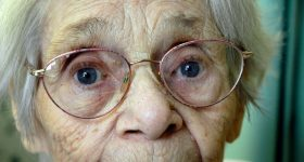 Pismo jedne 83-godišnje bake će vam biti korisnije od savjeta psihologa
