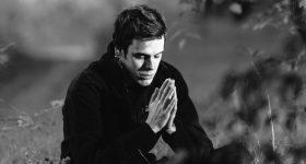 Tajna, zaboravljena molitva koja priziva SVE blagoslove – Pružiti će vam sve ono istinski potrebno!