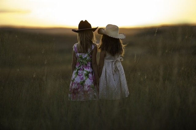 10 razloga zašto je MLAĐA SESTRA vaš najveći blagoslov