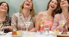 ZAČUDIĆETE SE pravilima BONTONA: Kada je parfem nekulturan, kada telefon ne treba držati na stolu, kada o bogatstvu treba da ćutite…