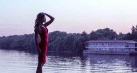 """ONA NIJE NAVIKLA DA BUDE U PARU: 4 razloga zašto se veza sa """"vječito singl"""" djevojkom razlikuje od ostalih"""