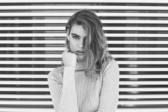 5 NAJVEĆIH GREŠAKA KOJE PRAVE ZALJUBLJENE ŽENE
