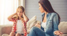 Želite uspješnu kćerku? Neumorno joj zvocajte!
