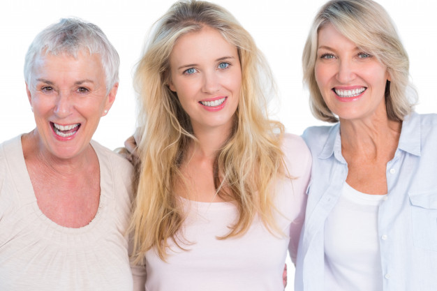 Baka po majci: Znanstvenici objašnjavaju zašto nam više obilježava život od očeve majke!