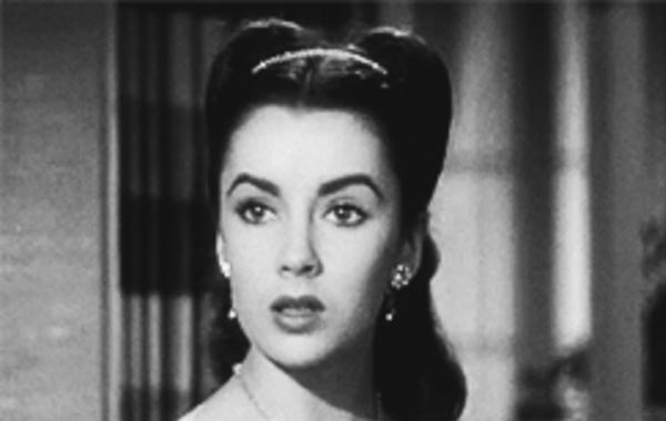 Kad žena više ne crveni, izgubila je najjače oružje šarma: Citati poznatih dama o ljepoti!