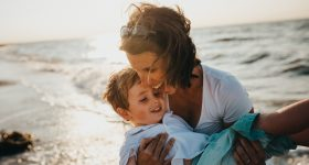 Psiholog otkriva: Ovo su razlozi zašto je tetka važna za odrastanje djeteta!