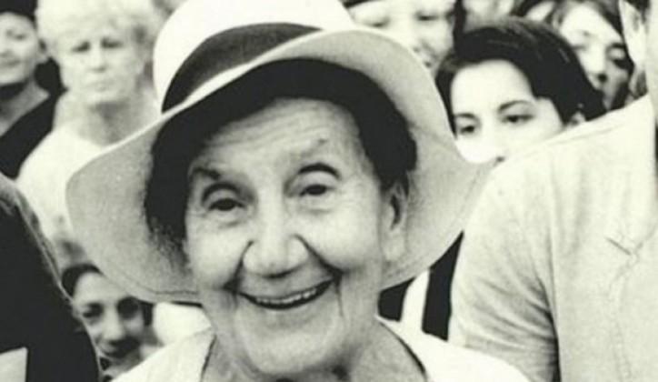 Desanka Maksimović: Jer sreća je lepa samo dok se čeka