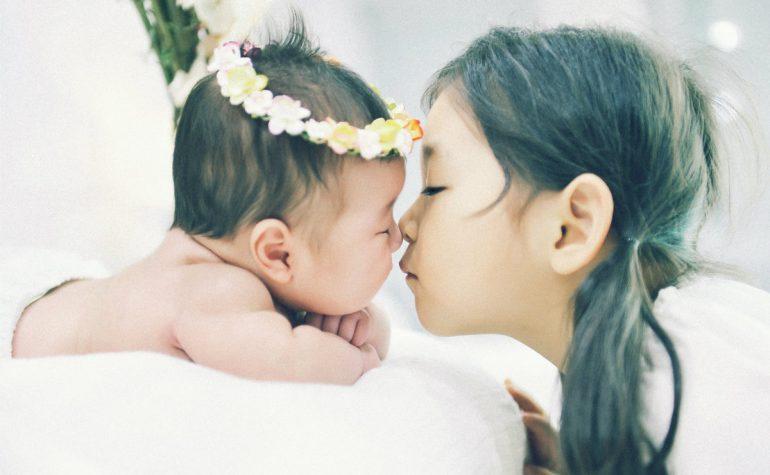 Naučno dokazano: Zbog sestre ćete biti bolji čovjek