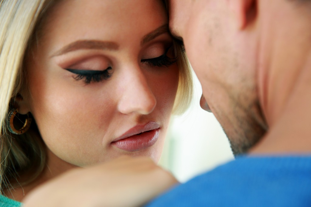 4 razloga zbog kojih ljudi u sretnim vezama varaju